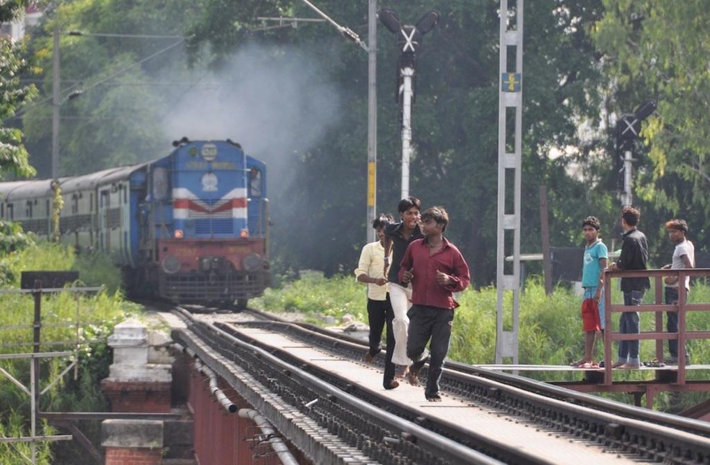 Indian-Train-Daredevils