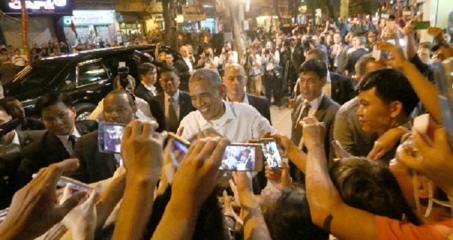 Tổng thống Mỹ Barack Obama được chào đón nồng nhiệt ở Việt Nam.