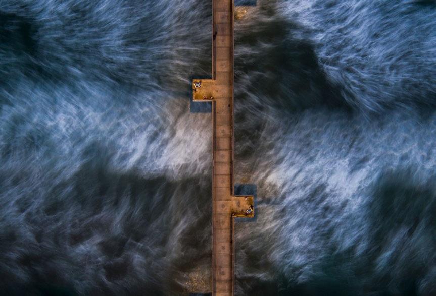 Vũ điệu của nước tại bến tàu Viên, Ý.