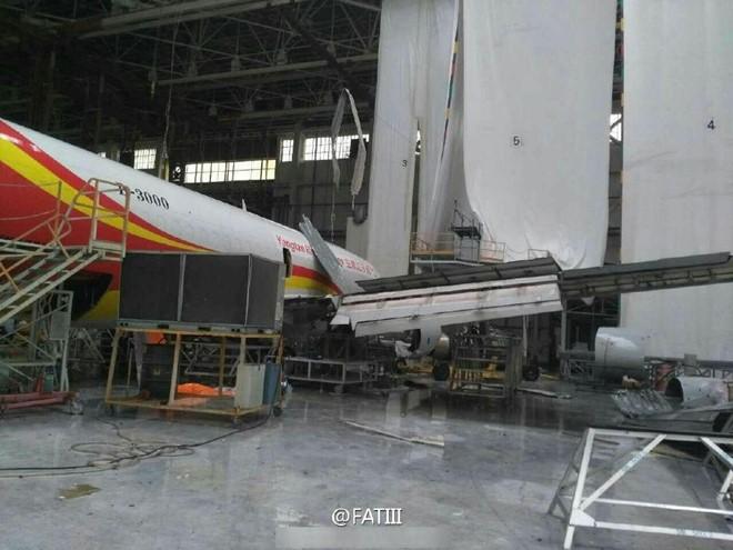 Hiện các nhà chức trách sân bay vẫn chưa ước tính được thiệt hại mà bão Meranti gây ra. (Ảnh: Weibo).