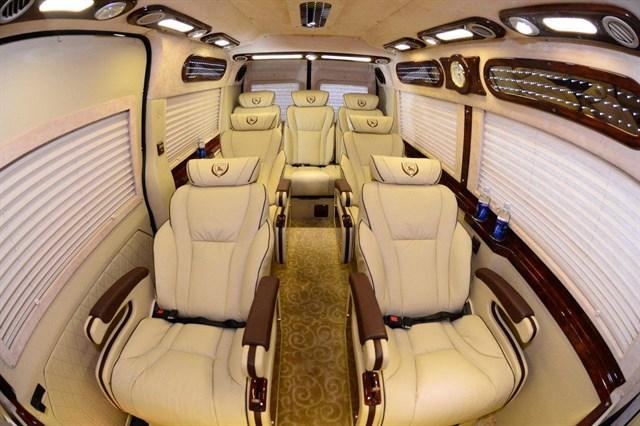 Hy vọng trong tương lai không xa, DCar Limousine sẽ trở thành sự lựa chọn hàng đầu, đồng hành cùng chuyến du lịch, công tác của bạn và gia đình.