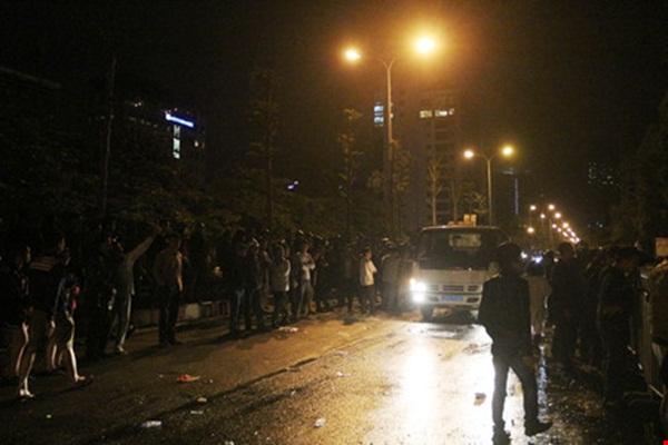 Đường Trần Thái Tông chính thức thông xe trở lại sau nhiều giờ.