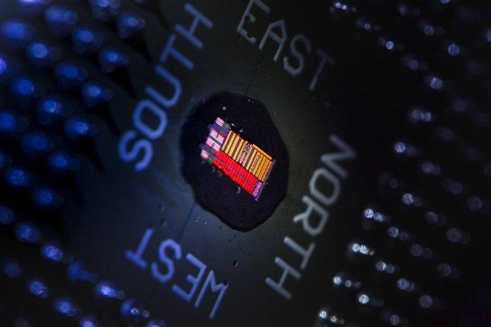 chip-quang-dien-tu
