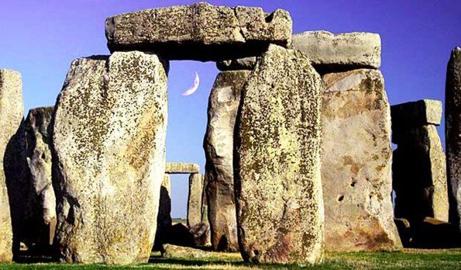 """Bí ẩn Stonehenge: Nơi thờ cúng linh thiêng hay """"thạch cầm"""" của người cổ đại?1"""