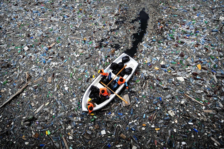 WHO cảnh báo 25% số người chết trên toàn cầu là do ô nhiễm môi trường.