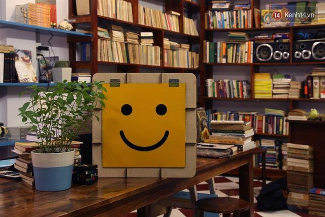Dự án Sunbox - những chiếc hộp mặt trời, là nơi để mọi người có thể quyên góp đồ cho người nghèo.
