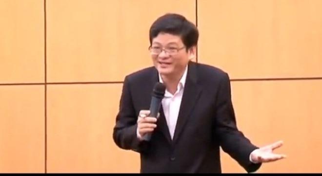 Diễn giả Quách Tuấn Khanh. Ảnh cắt từ clip