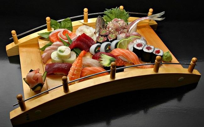 mon-nhat-mon-an-nhat-ban-am-thuc-nhat-ban-yakimono-sushi-suki-yaki-soba-sake-kaiten-sushi-7