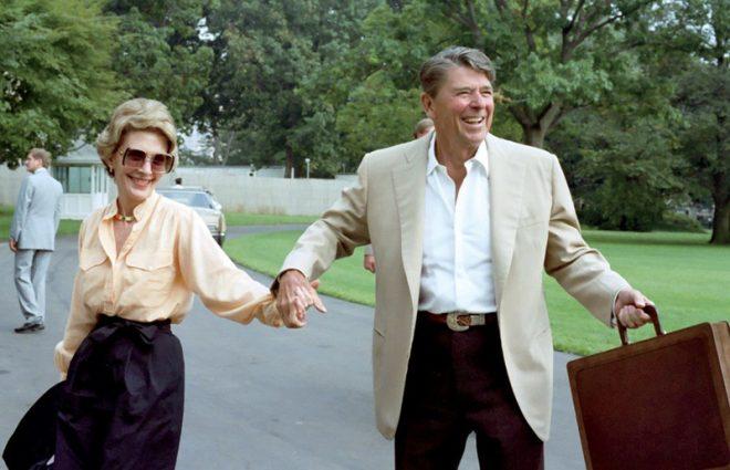 Yêu từ cái nhìn đầu tiên, 52 năm chung sống, đây là câu chuyện tình đẹp nhất ở Nhà Trắng - H1
