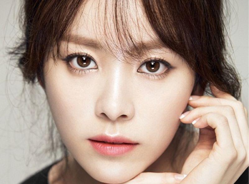 Mắt bồ câu vẫn được xem là chuẩn mực của một đôi mắt đẹp mà bất kỳ cô gái nào cũng mong muốn có được. (Ảnh: Vicare)