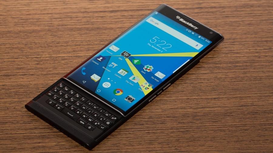 Cùng nhìn lại những khoảnh khắc thời hoàng kim của Blackberry.1