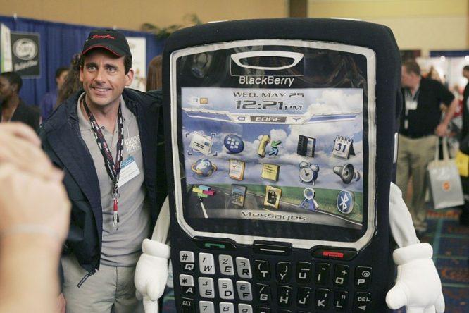 Cùng nhìn lại những khoảnh khắc thời hoàng kim của Blackberry.6