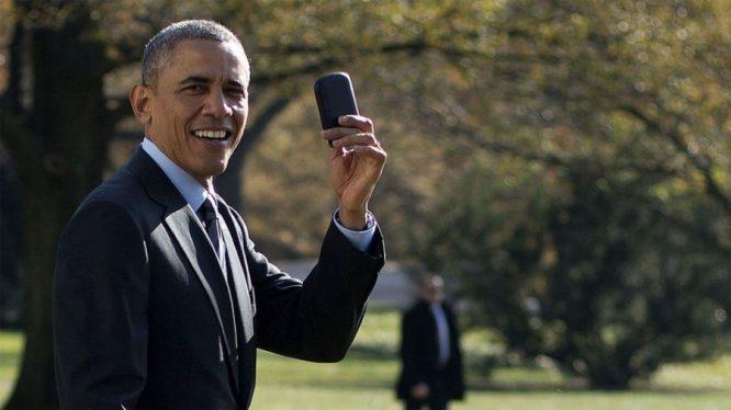 Cùng nhìn lại những khoảnh khắc thời hoàng kim của Blackberry.8