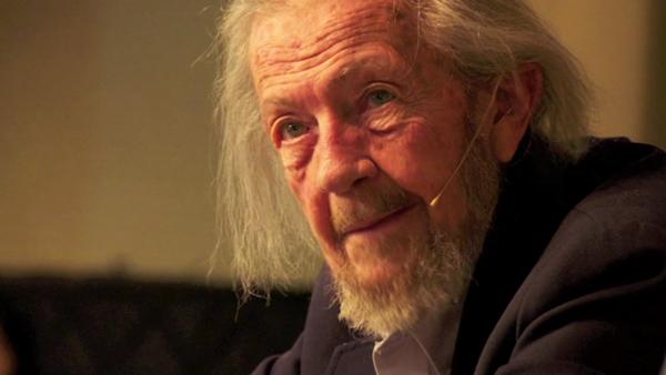 Tiến sĩ – bác sĩ người Mỹ David R. Hawkins (1927–2012).