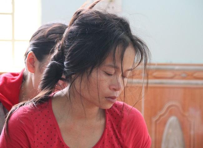 Chị Hà như người mất hồn kể từ khi đứa con nhỏ xấu số mãi mãi ra đi.