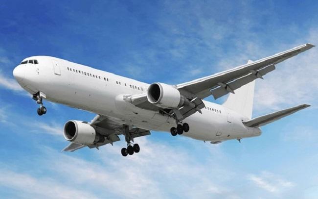 plane-toilet-1-1482954602370