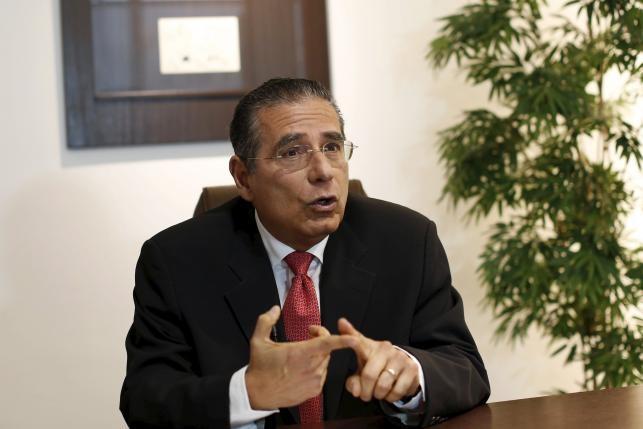 Ông Ramon Fonseca trả lời phỏng vấn ngày 5/4 tại trụ sở chính công ty tại thành phố Panama. (ảnh: Reuters)
