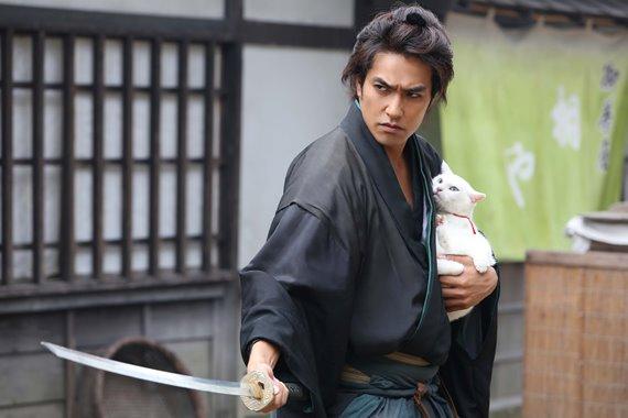 Kiếm sĩ Samurai và người đánh cá