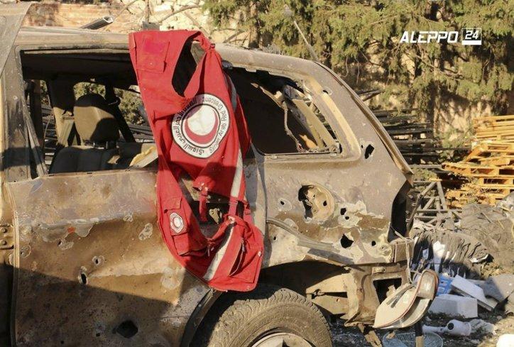 sirija-napad-na-humanitarni-konvoj-humanitarci-foto-ap-1474366246-995575