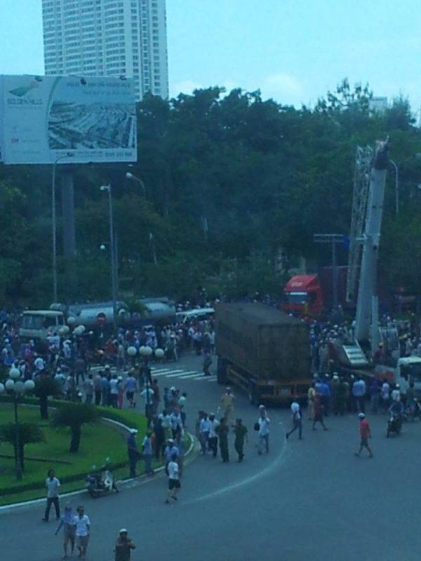 Xe container gây tai nạn tại Đà Nẵng: 1 người thiệt mạng, 1 người bị thương.3
