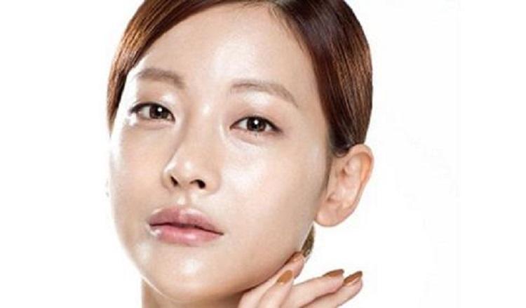 Da dầu là gì? Bạn đã biết cách chăm sóc da nhờn khỏi mụn?