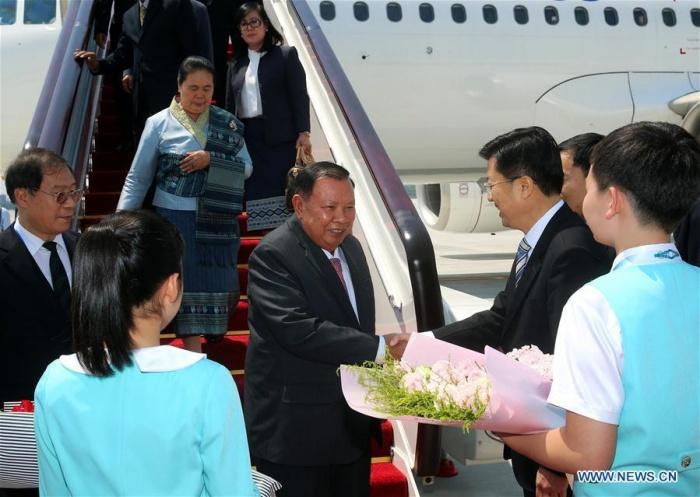 Thủ tướng Lào xuống Hàng Châu (với tư cách khách mời)