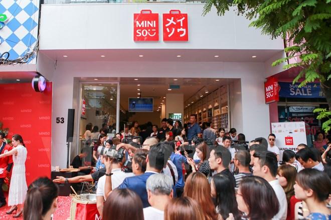 Khai trương 1 cửa hàng Miniso ở Việt Nam.