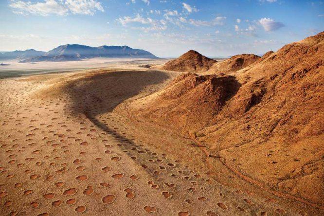 Bí ẩn vòng tròn thần tiên ở châu Phi đã sáng tỏ? - H1