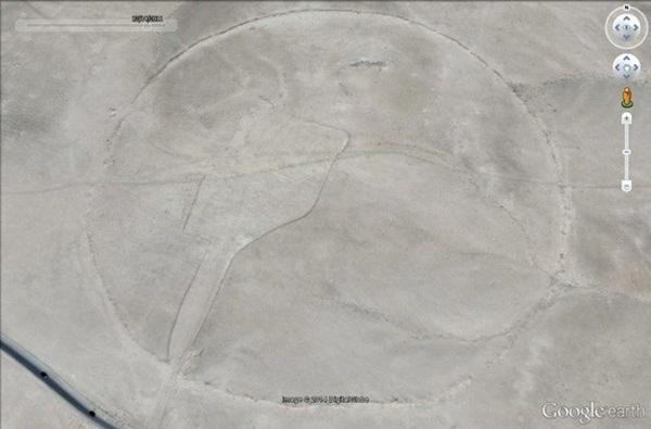 Vòng tròn J1 quan sát từ vệ tinh.