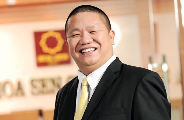 """Ông Lê Phước Vũ – Chủ tịch HĐQT Công ty CP tập đoàn Hoa Sen (HSG) cho rằng nếu nhìn thấy Hòa Phát một quý lời đến 2.000 tỷ đồng từ thép mang lại thì """"ngu gì không làm, ngu gì không đầu tư"""