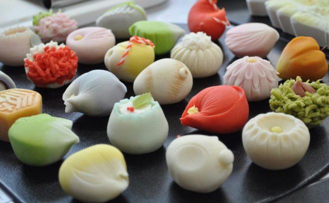Thư giãn cuối tuần để thưởng trà và ngắm bánh wagashi.2