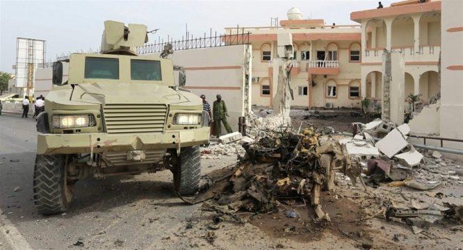 Somali: Xả súng kinh hoàng tại nhà hàng khiến 20 người thiệt mạng.1