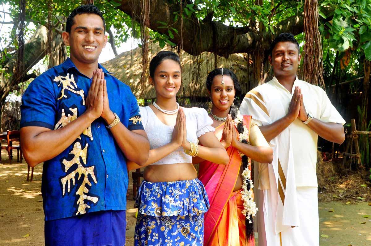 Nguồn gốc truyền thống đón mừng năm mới khắp Thế Giới - ảnh 4