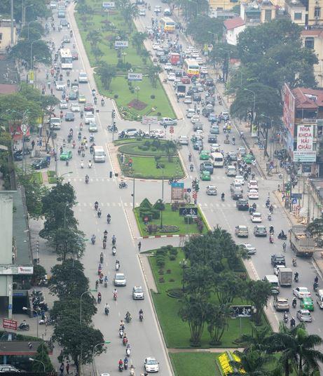 Đường đẹp nhất Việt Nam trước và sau khi bị chặt cây - H9