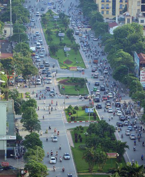 Đường đẹp nhất Việt Nam trước và sau khi bị chặt cây - H10