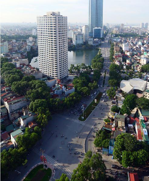 Đường đẹp nhất Việt Nam trước và sau khi bị chặt cây - H6