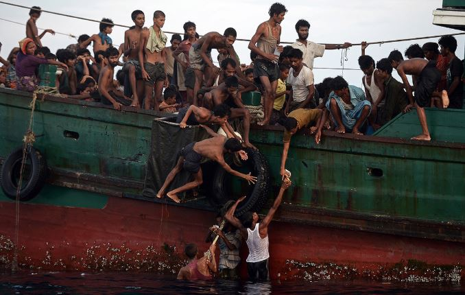 Thảm cảnh khốn cùng của người di cư Rohingya và Bangladesh trên biển - H10