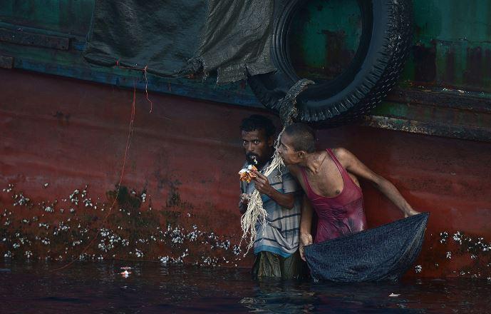 Thảm cảnh khốn cùng của người di cư Rohingya và Bangladesh trên biển - H11