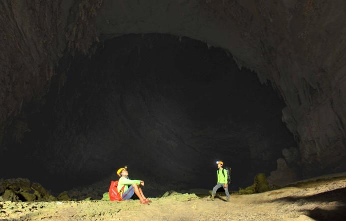 Choáng ngợp trước hệ thống thạch nhũ tuyệt đẹp của Hang Tiên. 2
