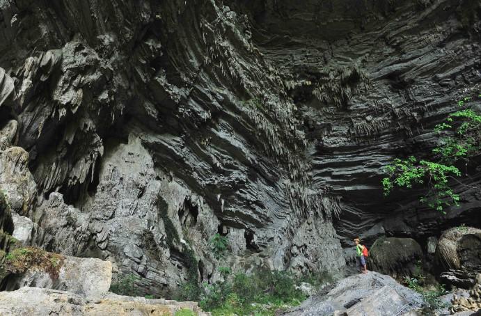 Choáng ngợp trước hệ thống thạch nhũ tuyệt đẹp của Hang Tiên. 4