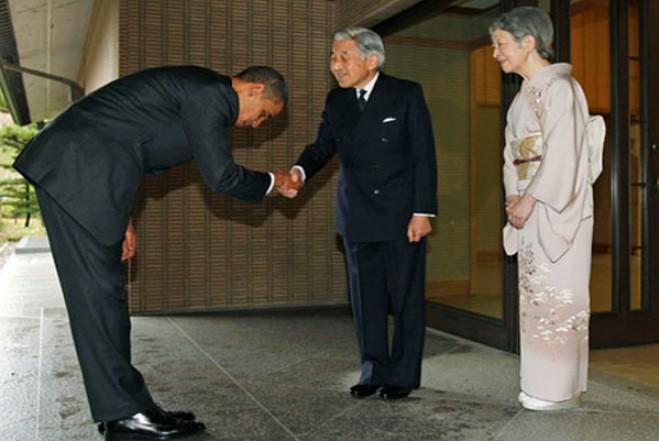 Bài học từ cái cúi đầu của người Nhật: Cúi nhưng không thấp.1