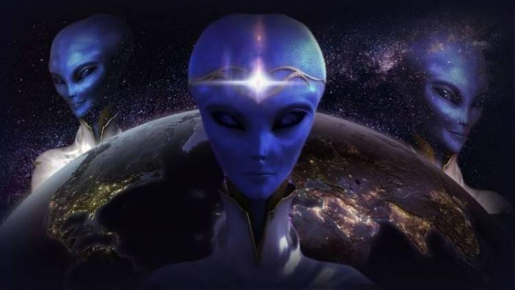 Chuyên gia nhận định: Người ngoài hành tinh đang âm thầm sống giữa chúng ta