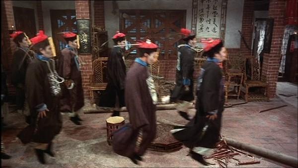 Câu chuyện kỳ bí về ngôi làng Cương Thi ở Trung Quốc - ảnh 1