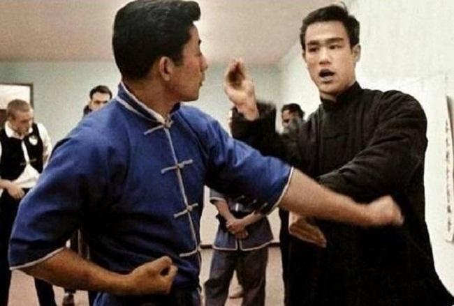 Lý Tiểu Long dạy võ tại Mỹ.