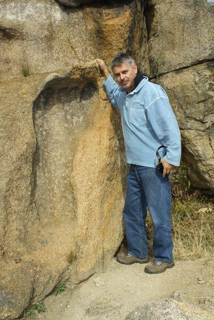 Bí ẩn dấu chân người 290 triệu năm tuổi khoa học chưa lý giải được - ảnh 3