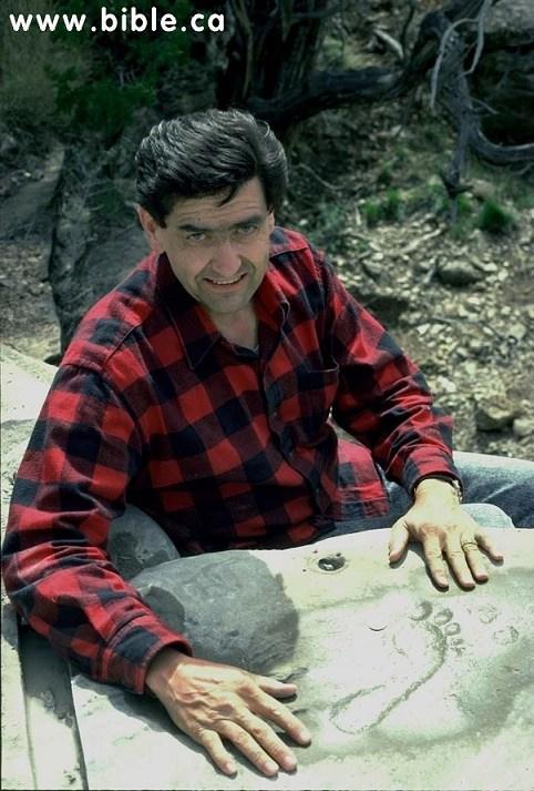 Bí ẩn dấu chân người 290 triệu năm tuổi khoa học chưa lý giải được - ảnh 2