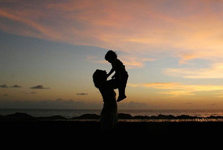 Câu chuyện nhân quả thời hiện đại: Tấm lòng người mẹ trẻ cảm động cả đất trời