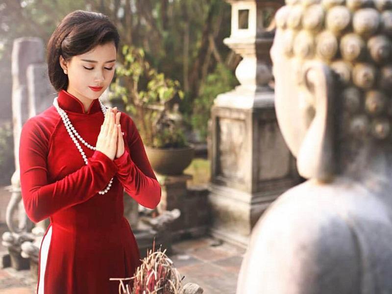 Vì sao thắp hương bái Phật lại không linh nghiệm? Bí mật ngàn năm ở chữ này