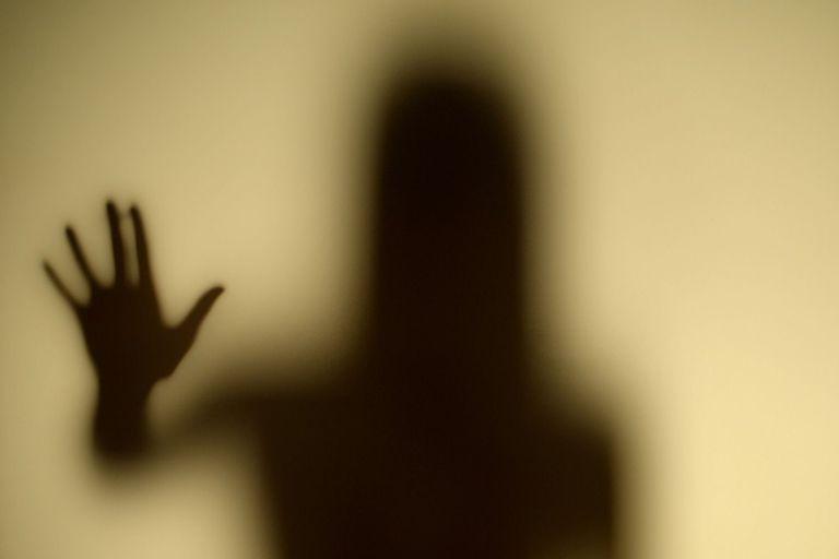 Sự thật chấn động chốn nhân gian: Khắp nơi đều dơ bẩn, bị yêu ma quỷ quái khống chế - ảnh 1