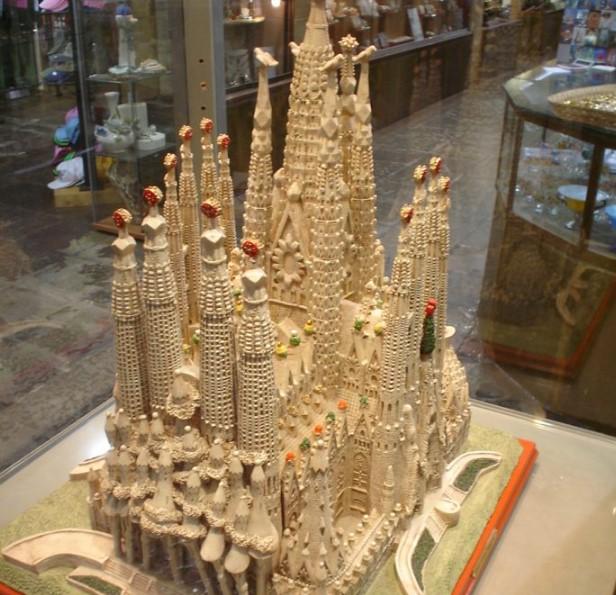 Mô hình Sagrada Familia do Antoni Gaudi dựng nên.